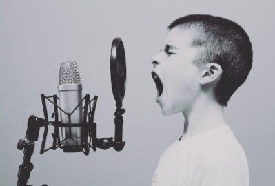 Musiktherapie und klangtherapeutische Erfahrungen: Was bewirkt und wie funktioniert eine Musiktherapie?