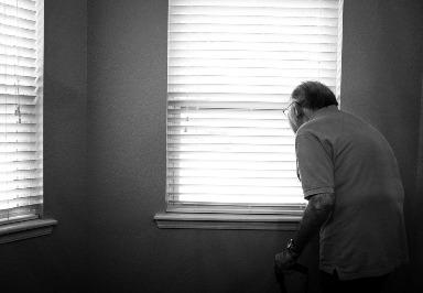 Altersbedingte Katarakte: Symptome, Ursachen, Diagnose und Behandlung