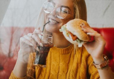 Ernährungsstudie: Verursachen stark verarbeitete Lebensmittel Muskelschmerzen?