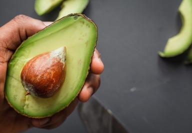 Studie: Avocados verringern den viszeralen Fettanteil bei Frauen
